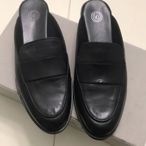 New black leather mules for women size 7?
